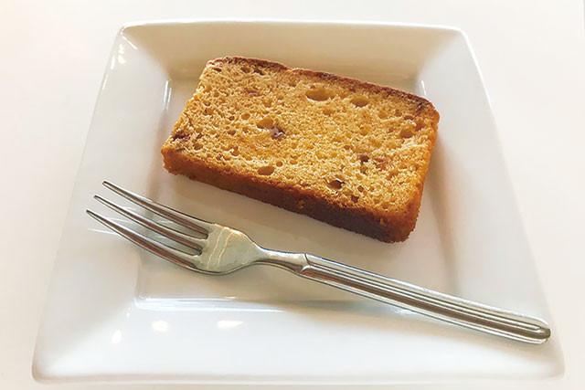 【やまぶき】すもものバターケーキ